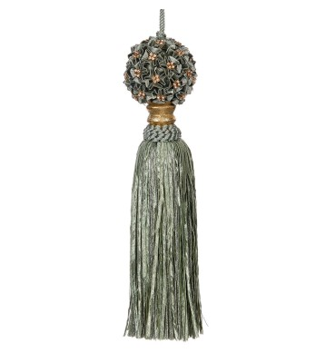 Green flower tassel