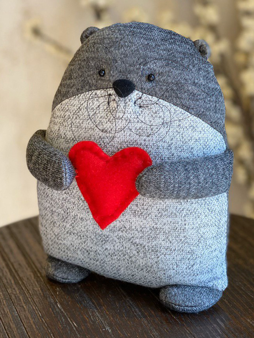 Beaver with heart